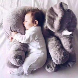 éléphant gris, peluche éléphant géante, peluche oreiller