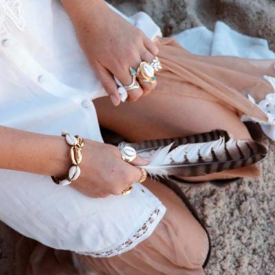 bracelet coquillages cauri pour plage et style boheme