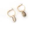 boucles d'oreilles Maïa cauri, shine boutique