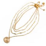 shineboutique, collier elisabeth, ensemble de colliers, collier multirangs, collier médaille