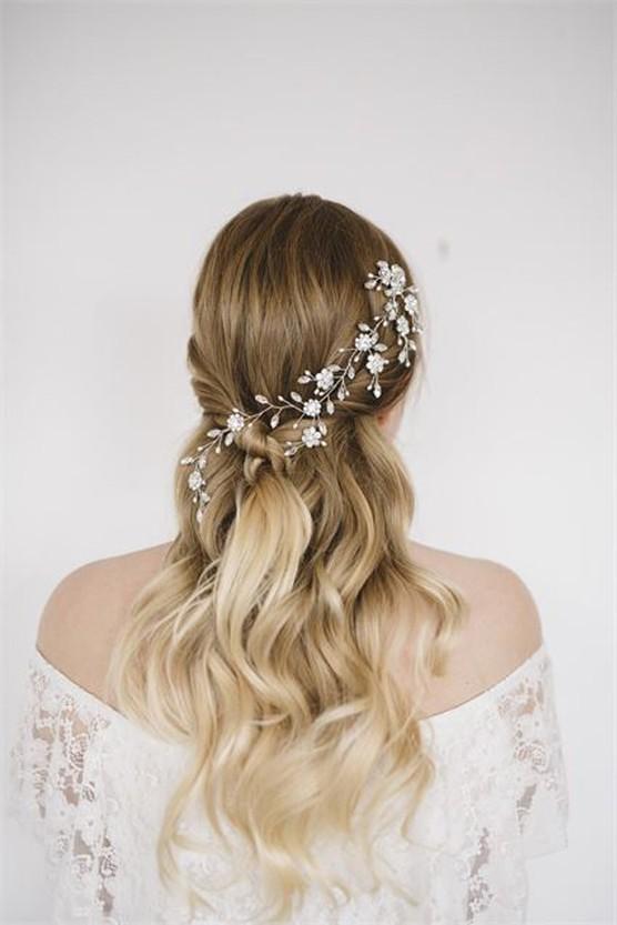 Half Up Hair : la coiffure idéale pour un mariage. coiffure bohème, coiffure de mariage