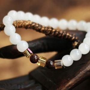 shineboutique, bracelet mala calcédoine, bracelet spirituelle, bracelet yoga, bracelet en pierres naturelles, bracelet bien-être