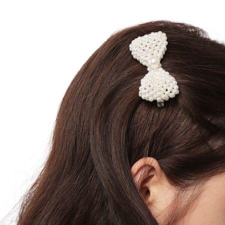 Shine boutique, barrette perles nœud, barrette cheveux tendances pour cérémonie, accessoire cheveux , accesoire coiffure bohème, coiffure glamour, coiffure romantique, mariage, baptême