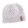 Shine boutique, bonnet queue de cheval blanc nevada, bonnet trou, bonnet en tricot et crochet, bonnet hiver