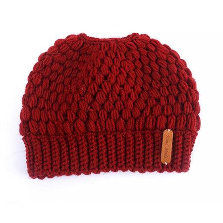 Shine boutique, bonnet queue de cheval rouge nevada, bonnet trou, bonnet en tricot et crochet, bonnet hiver