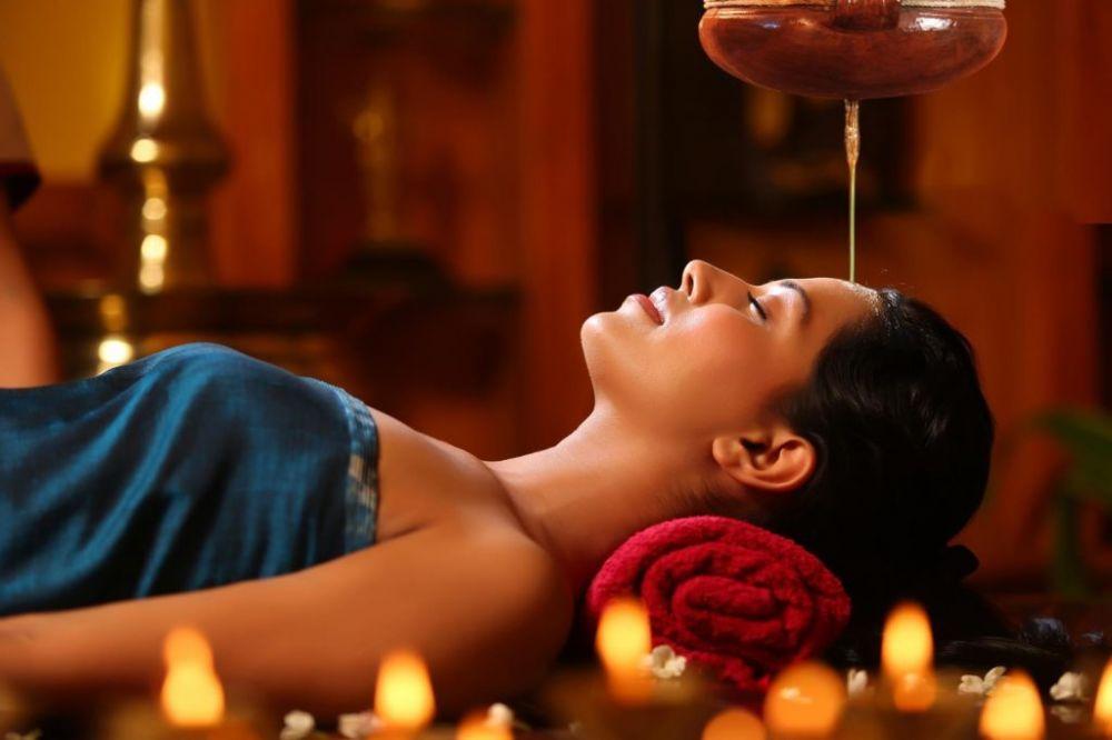 qu'est-ce que le shirodhara, un rituel relaxation